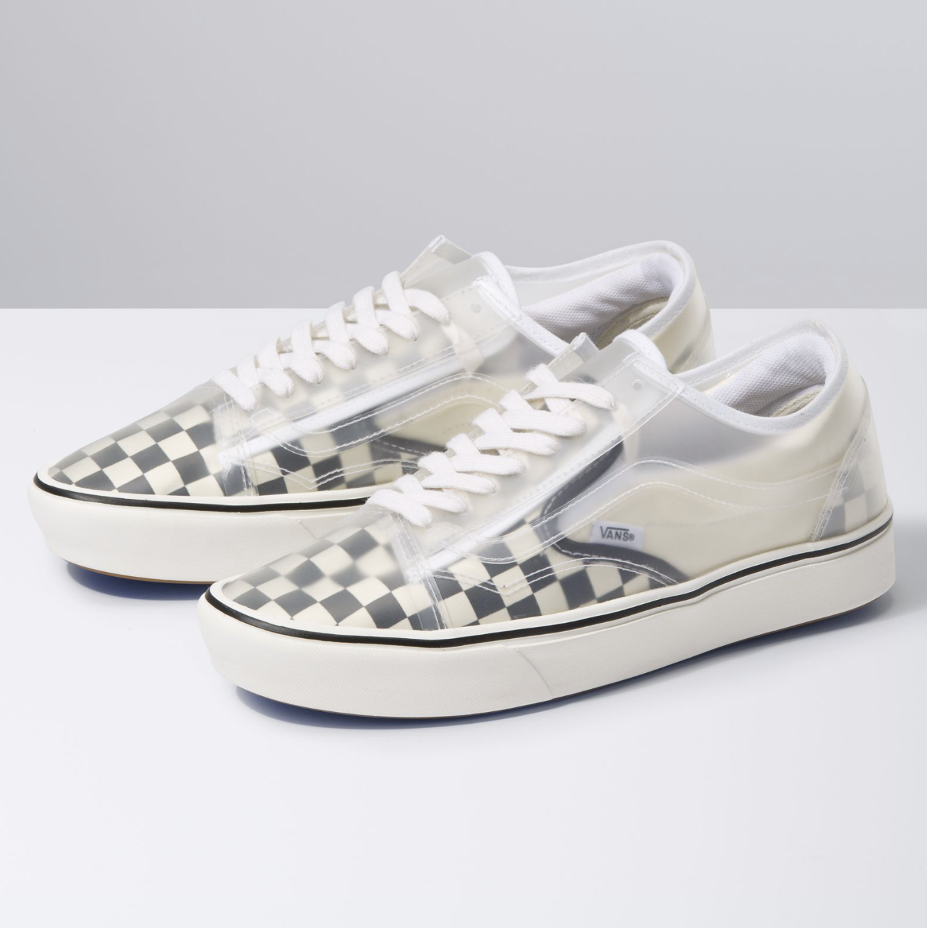 Pin By Nathan Todd On Shoes In 2020 Classic Shoes Vans Sneakers
