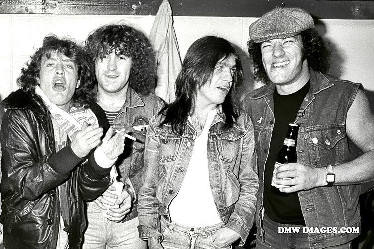 DMW Image  (AC/DC)