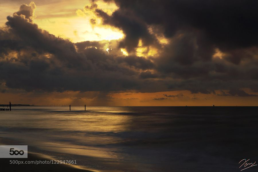 The End Of The Day by HansHolz. Please Like http://fb.me/go4photos and Follow @go4fotos Thank You. :-)