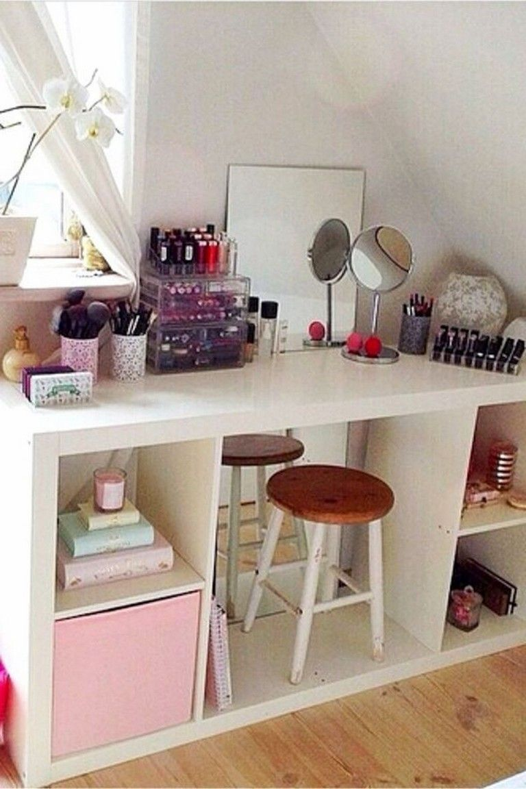 40 Cute Bedroom Storage Ideas Small Space With Images Small Bedroom Storage Bedroom Storage For Small Rooms
