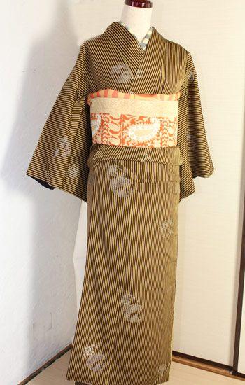 縞に花紋お召し着物 - ポップでガーリーな普段着物・ヘッドドレス・古道具・雑貨・アンティークやアーティスト作品の販売 『chiwachiwa ちわちわ』