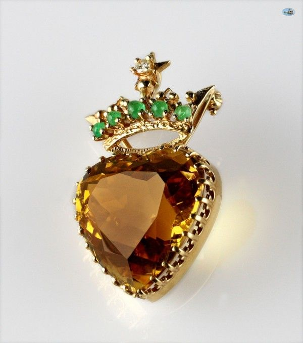 Adorable Lady's 18K Yellow Gold Citrine Quartz, Emerald and Diamond Fashion Brooch