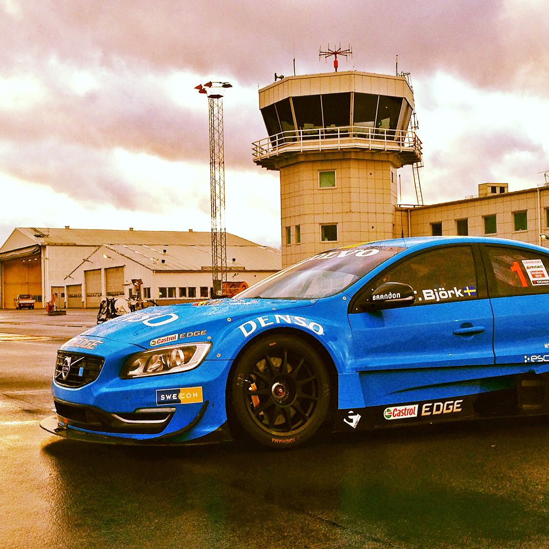 The 2015 Stcc Calendar Has Been Unveiled Season Starts At New Skovde Airport Race In May With Volvo Polestar Racing Auto Veiculos
