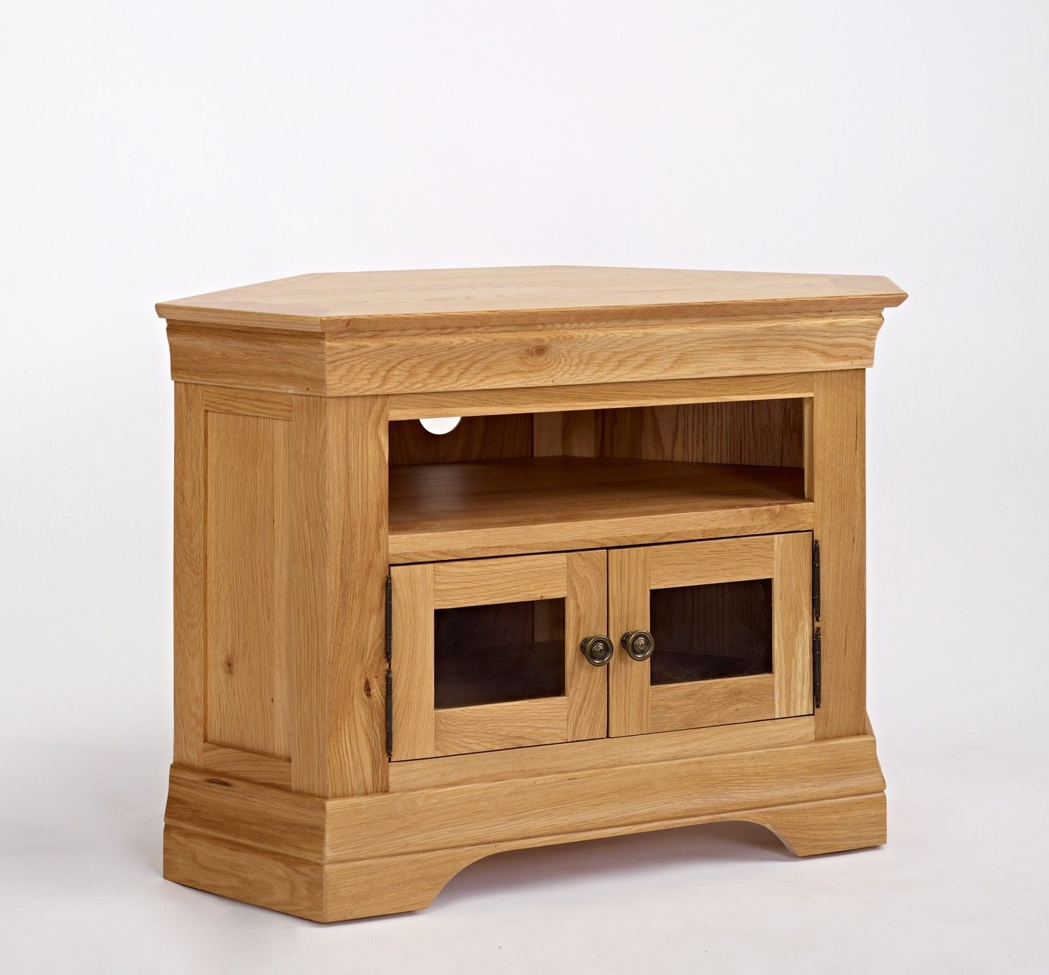 Normandy Oak Corner Tv Unit Is An Elegant French Styled Range Crafted From Carefully Selected Solid Oak And Oak Corner Tv Unit Corner Tv Unit Decor Around Tv
