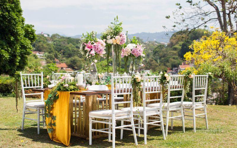 Garden party wedding bandung popular garden 2017 towers garden wedding decoration by sheraton bandung hotel junglespirit Image collections