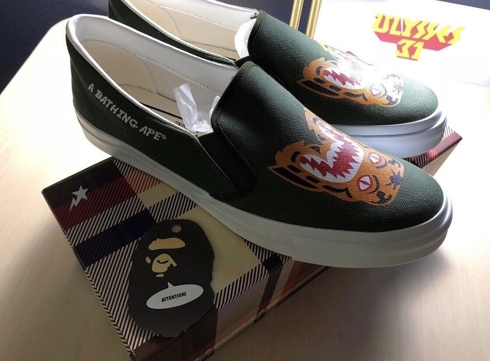 size 40 f0053 37bfe A BATHING APE TIGER SLIP ON BAPE TIGER SLIP-ON Size 10 Olive  ABATHINGAPE   SLIPON