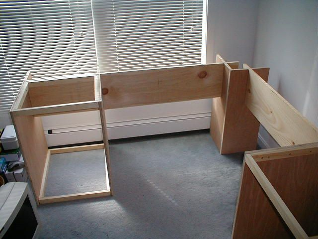Plans to build a computer desk Writing desk Computer Desk Plan Student dorm  room and your child at home Here are some inspiring DIY office desks for  you to ...