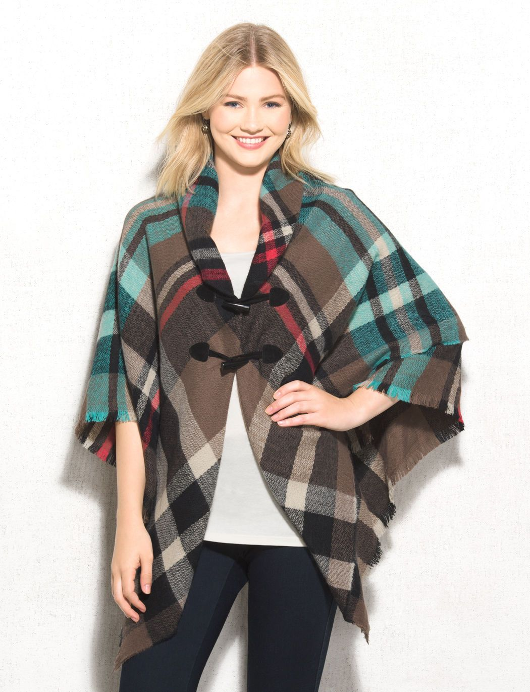 The perfect piece to keep you warm at tailgates and sports games, this is a…