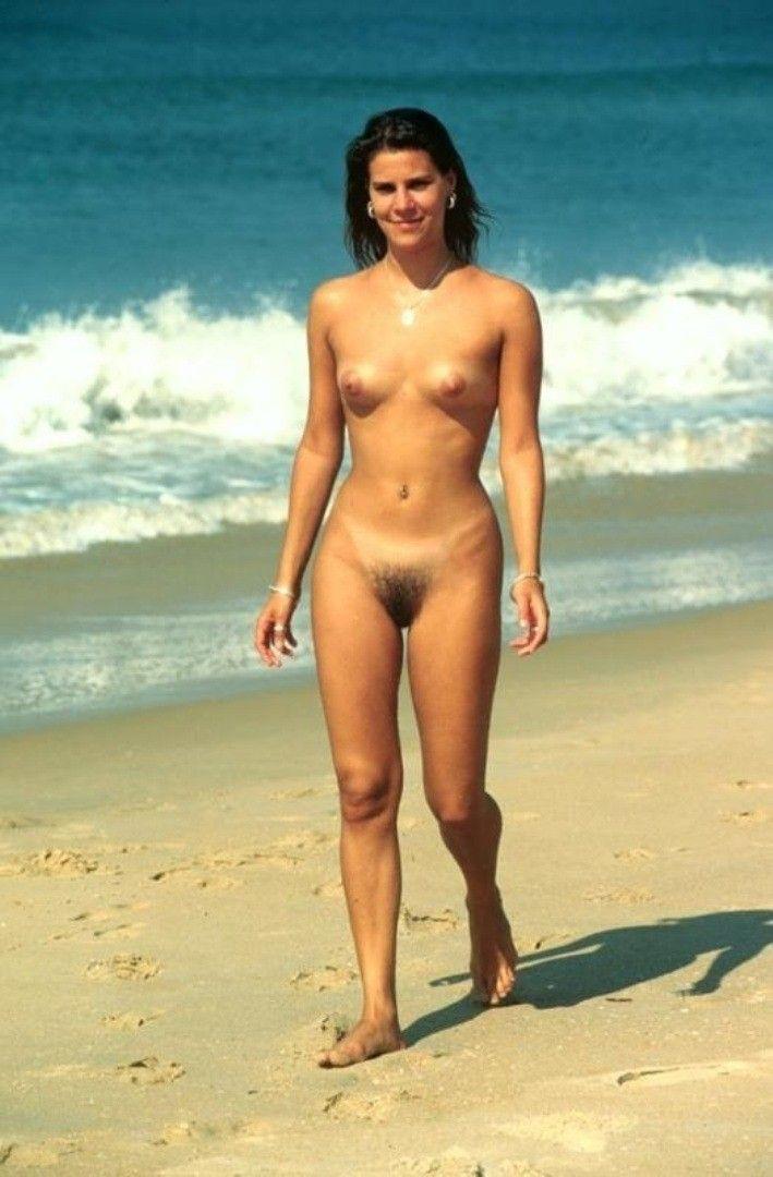 bush Nude tumber bech