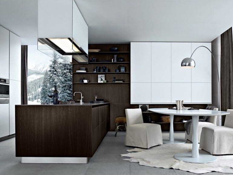 Lacquered wooden kitchen with island twelve by varenna by for Sigi arredamenti