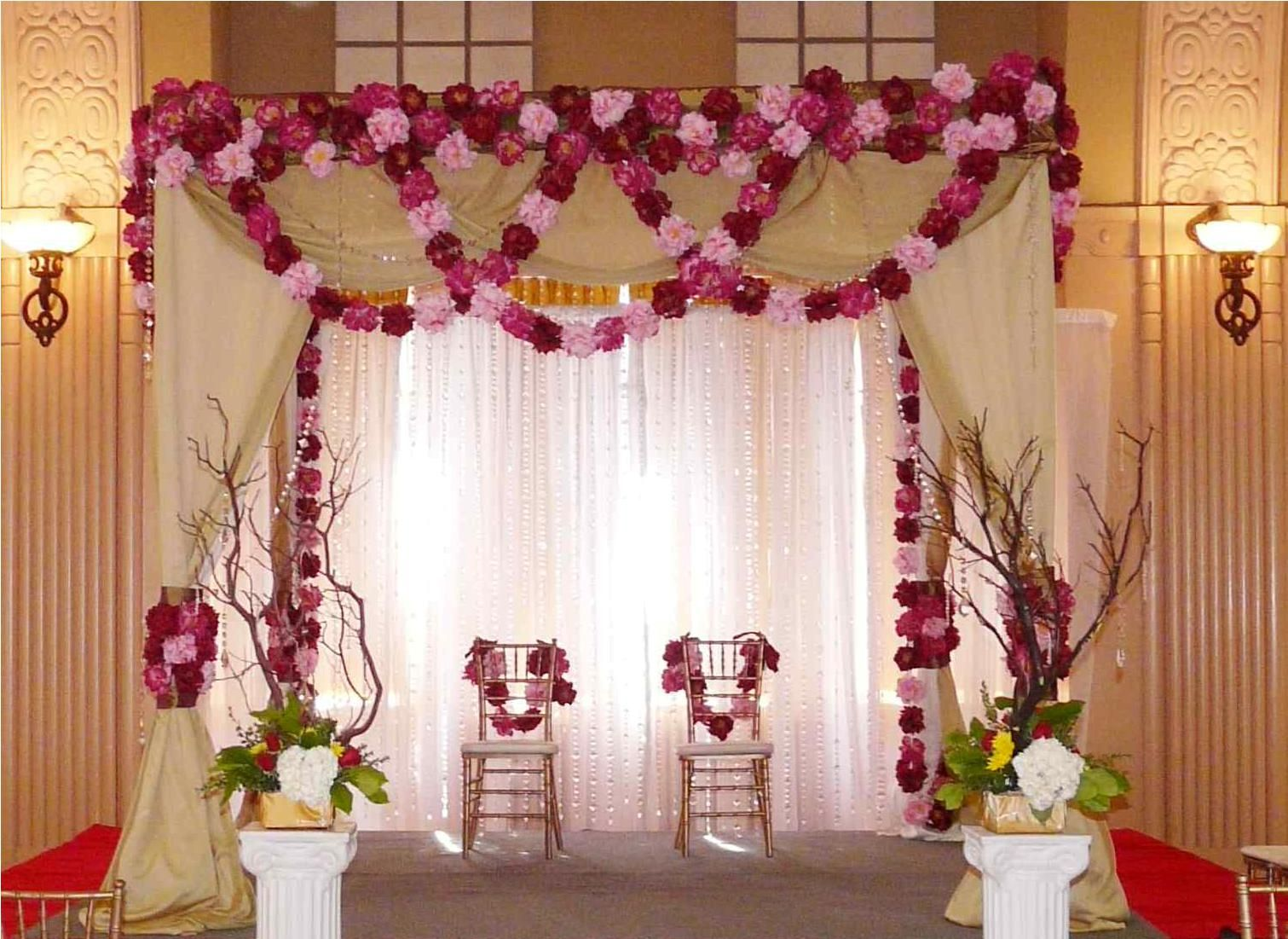Pretty wedding stage idea from httpaltangallery awesome pretty wedding stage idea from httpaltangallery junglespirit Choice Image