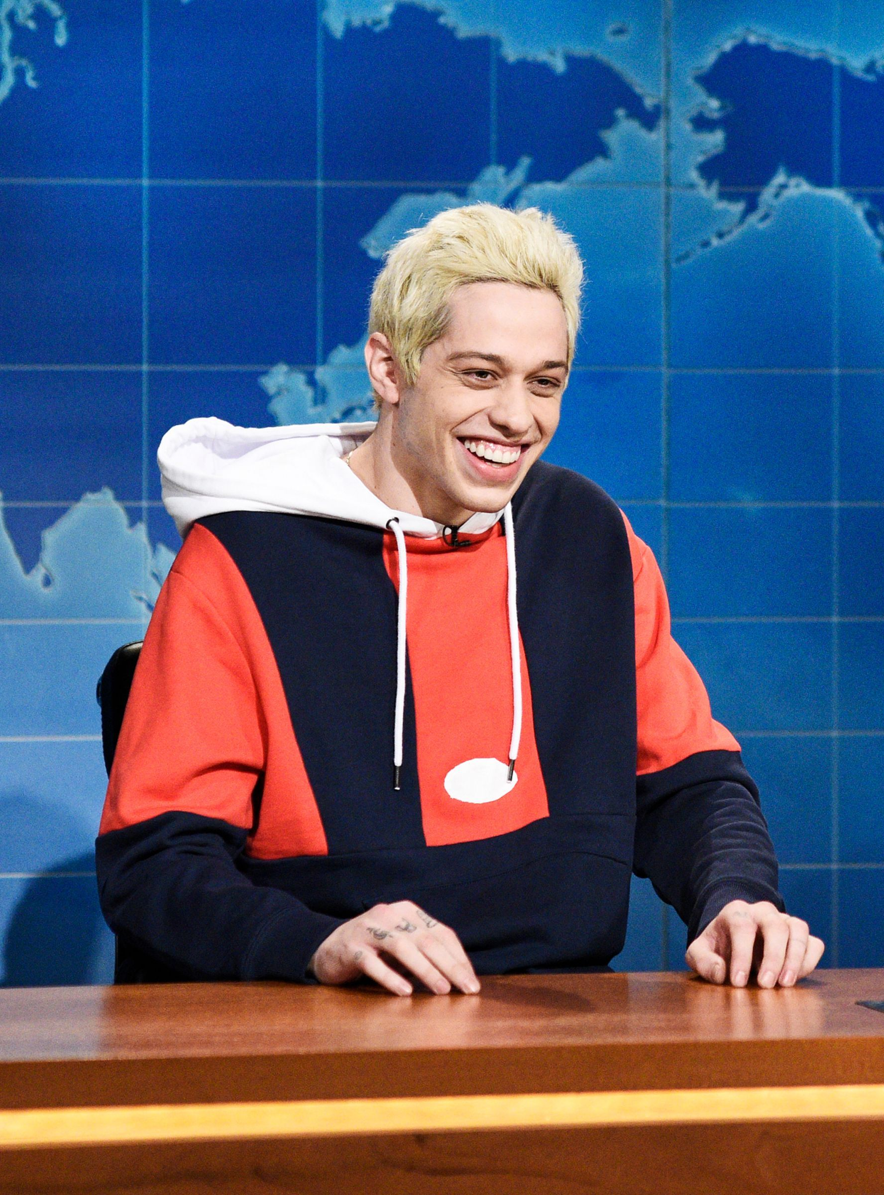 """Pete Davidson """"Joked"""" About Ariana's Birth Control & We're"""