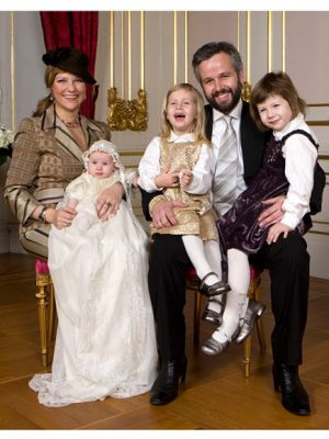 The Royal House Of Norway The Behn Familiy Norwegian Royalty Toddlers And Tiaras European Royalty