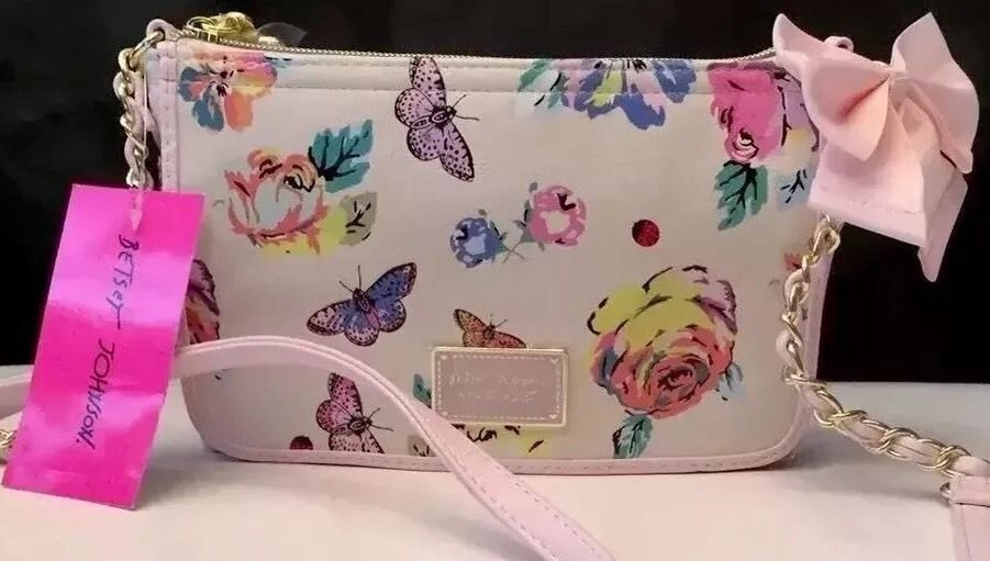 Betsey Johnson Crossbody Floral Bow East West  NWT $58 Gold Accent Chain #BetseyJohnson #MessengerCrossBody