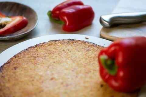 Sweet Red Pepper Cauliflower Pizza Crust (2 crusts per package)
