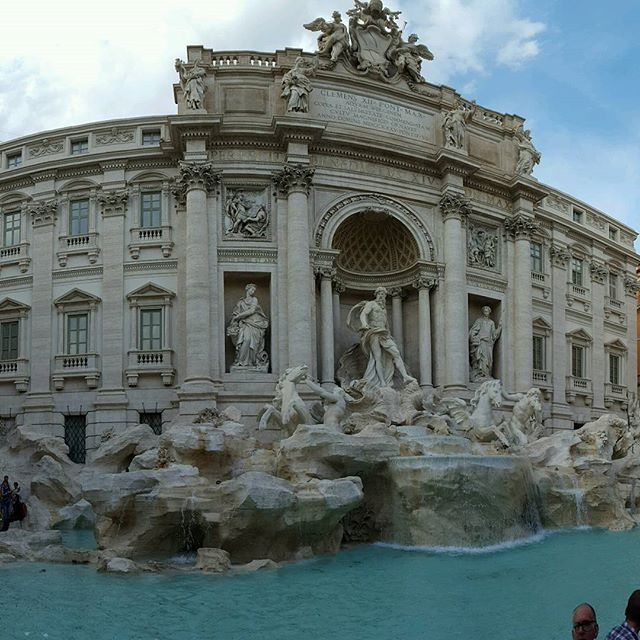 @husbybear2cubs Love this panoramic shot of the Trevi Fountain you took! #trevifountain #romeitaly #europeanvacation2016
