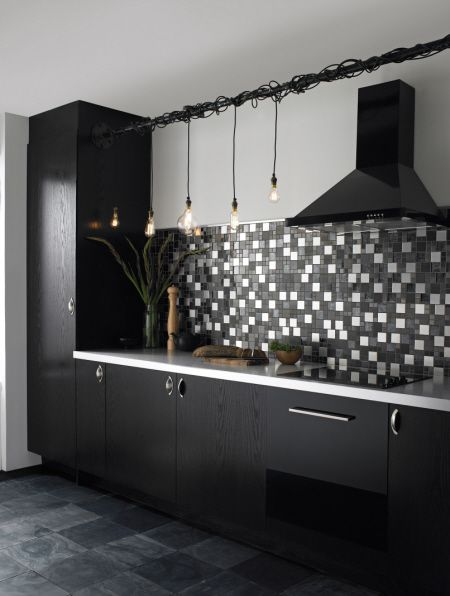 lr1 Topps Tiles jpg 450 596 pixels. sparkling mosaic tile grout Glitter Grout with Black silver white