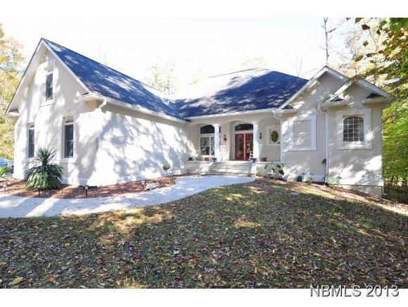 FOR SALE! 215 FOREST GLEN LANE! 4 BEDS, 3 1/2 BATHS. 3234 SQUARE FEET LOCATED ON 2.91 ACRES! PRIVACY GALORE!