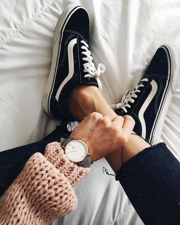 Stuff I Would Wear Image By The Pink Caterpillar Black Vans Fashion Vans Outfit