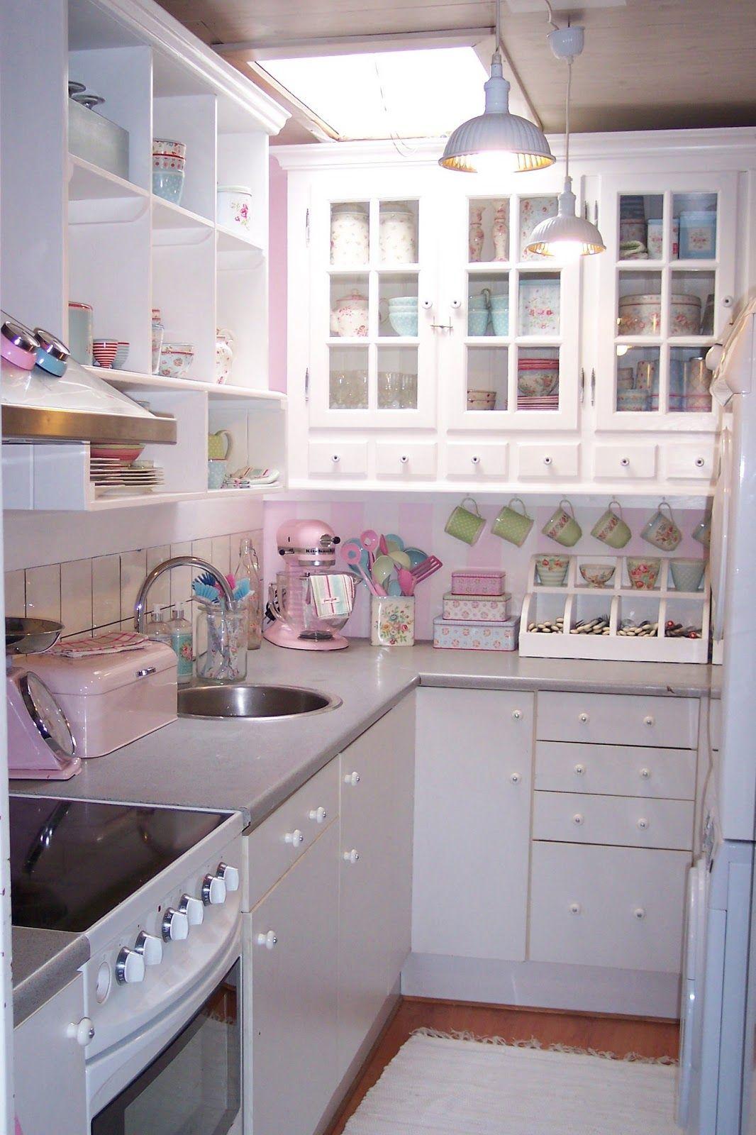 Muebles blancos cocinas pequenas lavaderos salas for Cocinas pequenas con lavadero