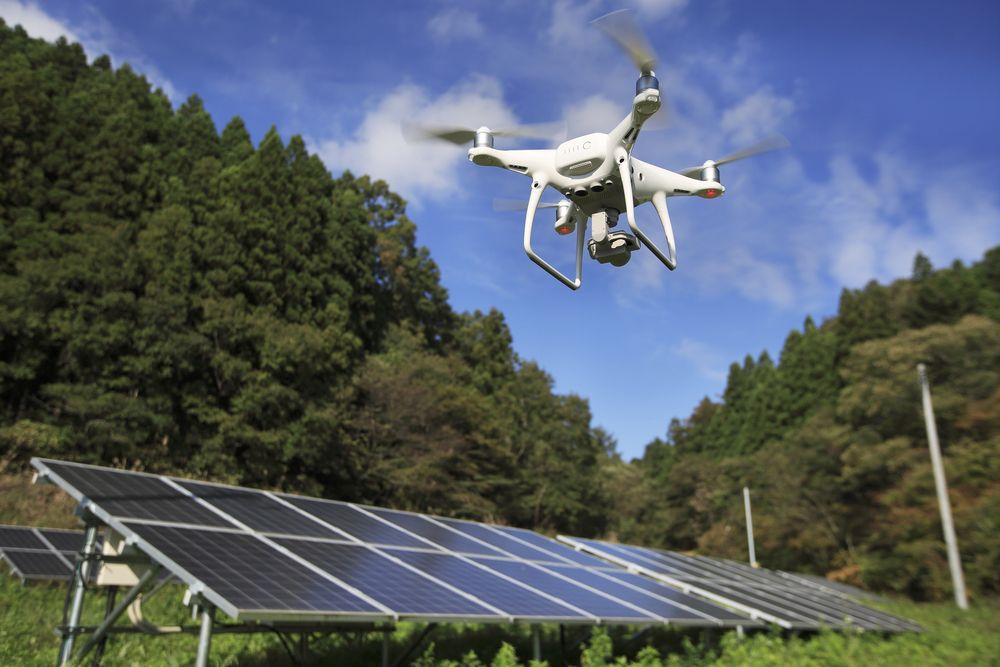 Solar Panel Cleaning Using Drone Di 2020 Dengan Gambar