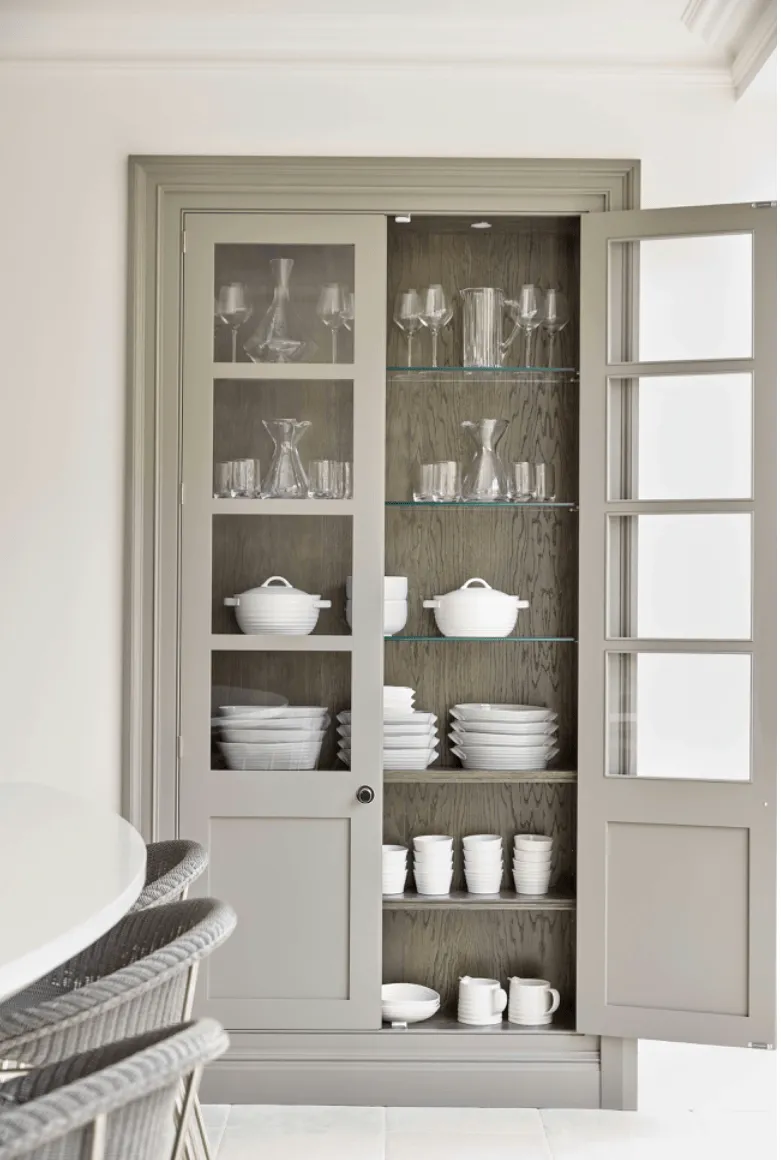Mashup Monday 7 Inspired English Kitchen Details From Tom Howley Grey Painted Kitchen Glass Shelves Kitchen Glass Kitchen Cabinets