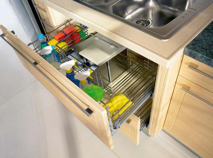 Armario de cozinha embaixo da pia planejado