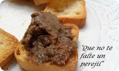 """"""" Que no te falte un perejil """": Paté de Morcilla de Cebolla y Pimiento Rojo"""