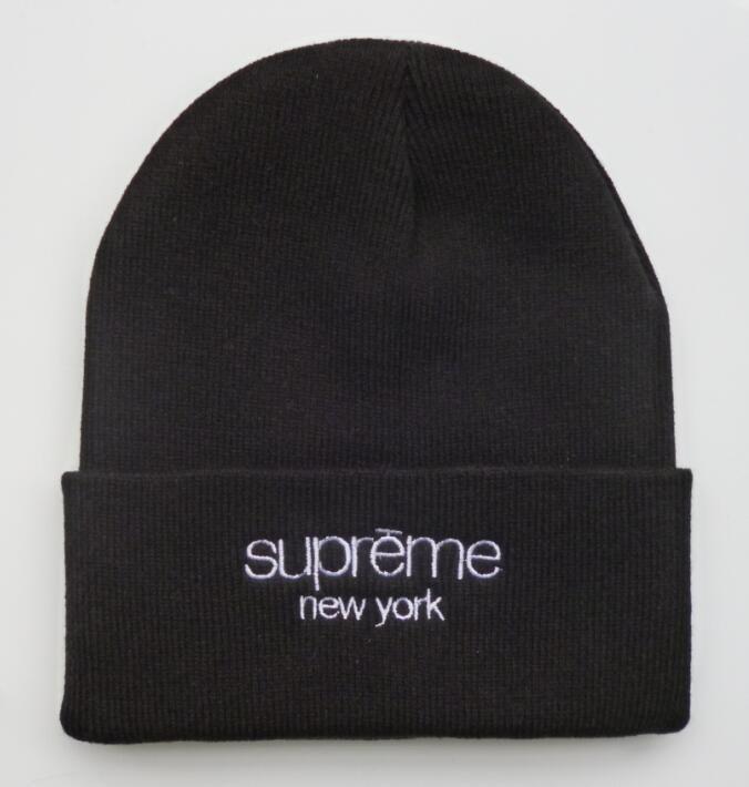 a807f0b9a49 Men s   Women s Supreme New York Classic Script Logo Embroidery Signature Cuff  Knit Beanie Hat - Black   White