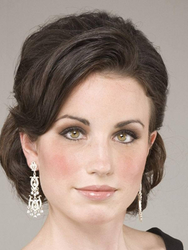 Hair Styles For Mother Of The Bride Updo Wedding Updos Medium Length Style
