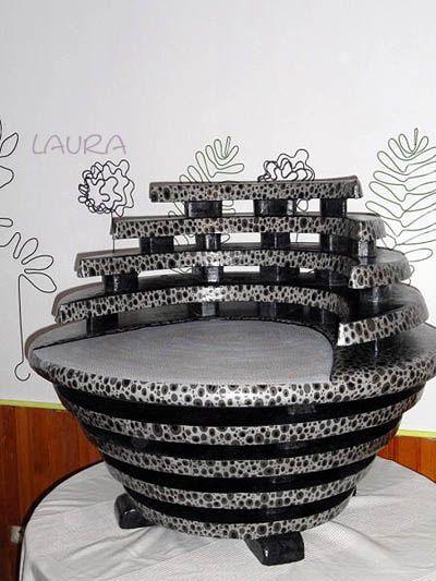 fauteuil en carton gagnant du premier prix au concours. Black Bedroom Furniture Sets. Home Design Ideas