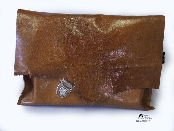 Natur Ledereinband für Bücher / Büchertasche aus von DesignByIsonca, €21,00