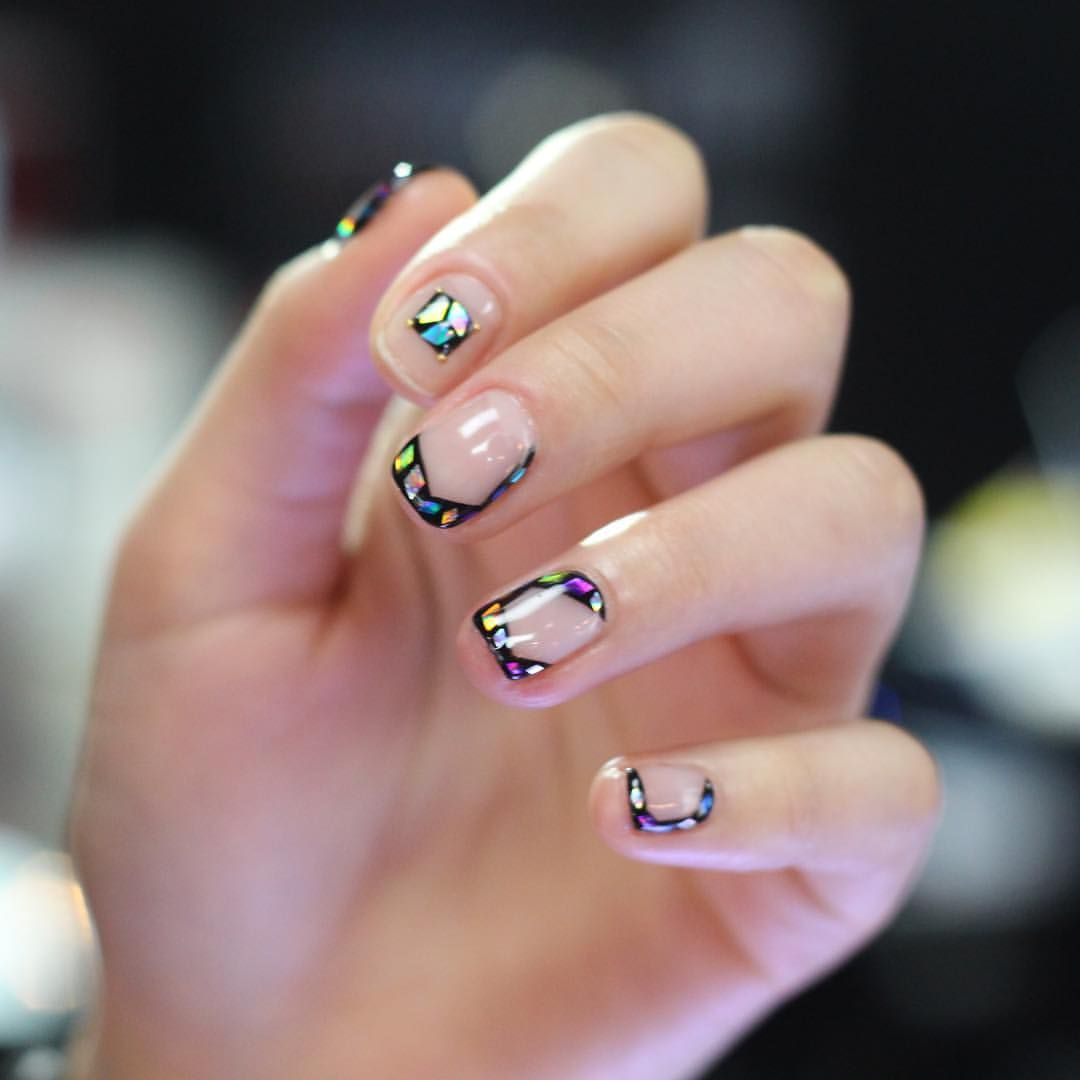 UNISTELLA NAIL DESIGN | Nails | Pinterest | Manicure, Minimalist ...