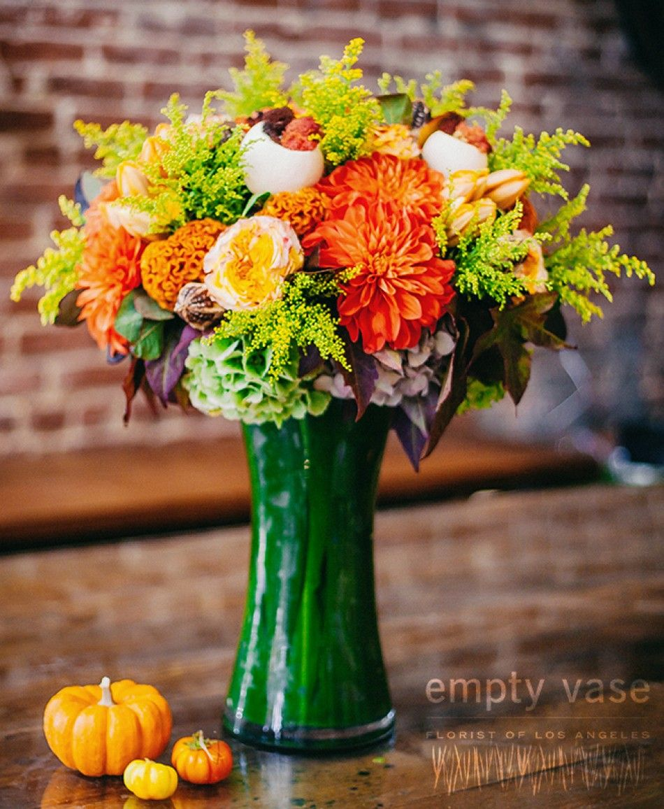 Vibrant Green Mix This arrangement is designed with a