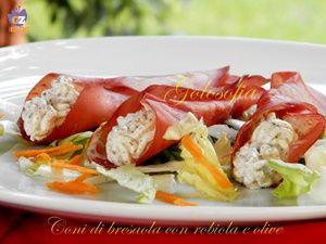 Coni di bresaola con robiola e olive-ricetta estiva-golosofia