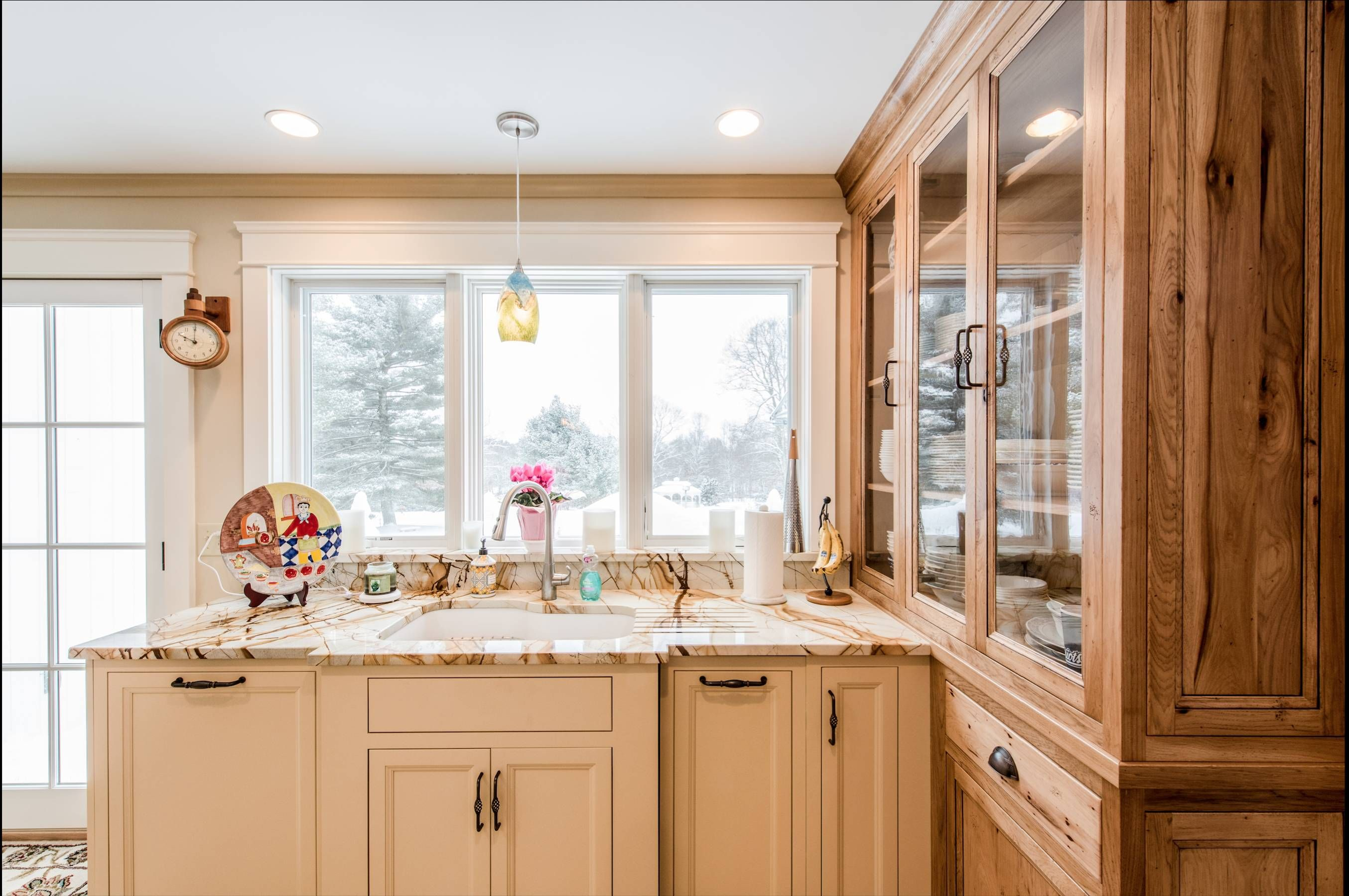 knotty pine cabinets wood house interieur architect living instagood k lifestyle m on r kitchen cabinets id=37104
