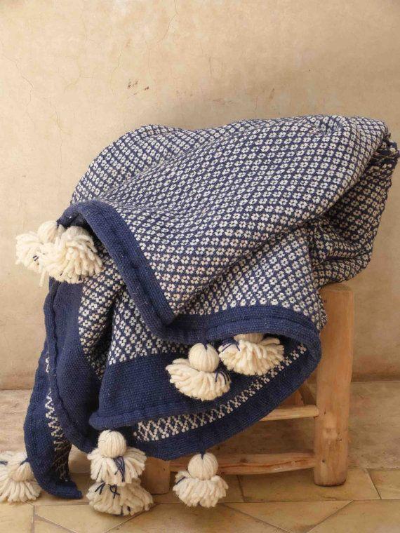 Marokkanische Decken blaue und weiße wolle pom pom decke 57 x 94 handgefertigte
