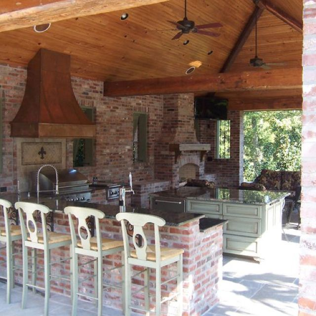 Outdoor Living S Louisiana With Images Covered Outdoor Kitchens Outdoor Kitchen Patio Outdoor Kitchen Design