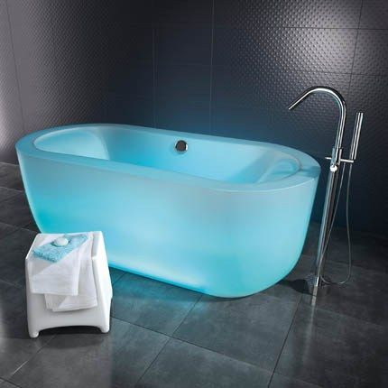 17 Best images about Creative Bathtubs on Pinterest | Glass bathtub, Wood  design and Bath
