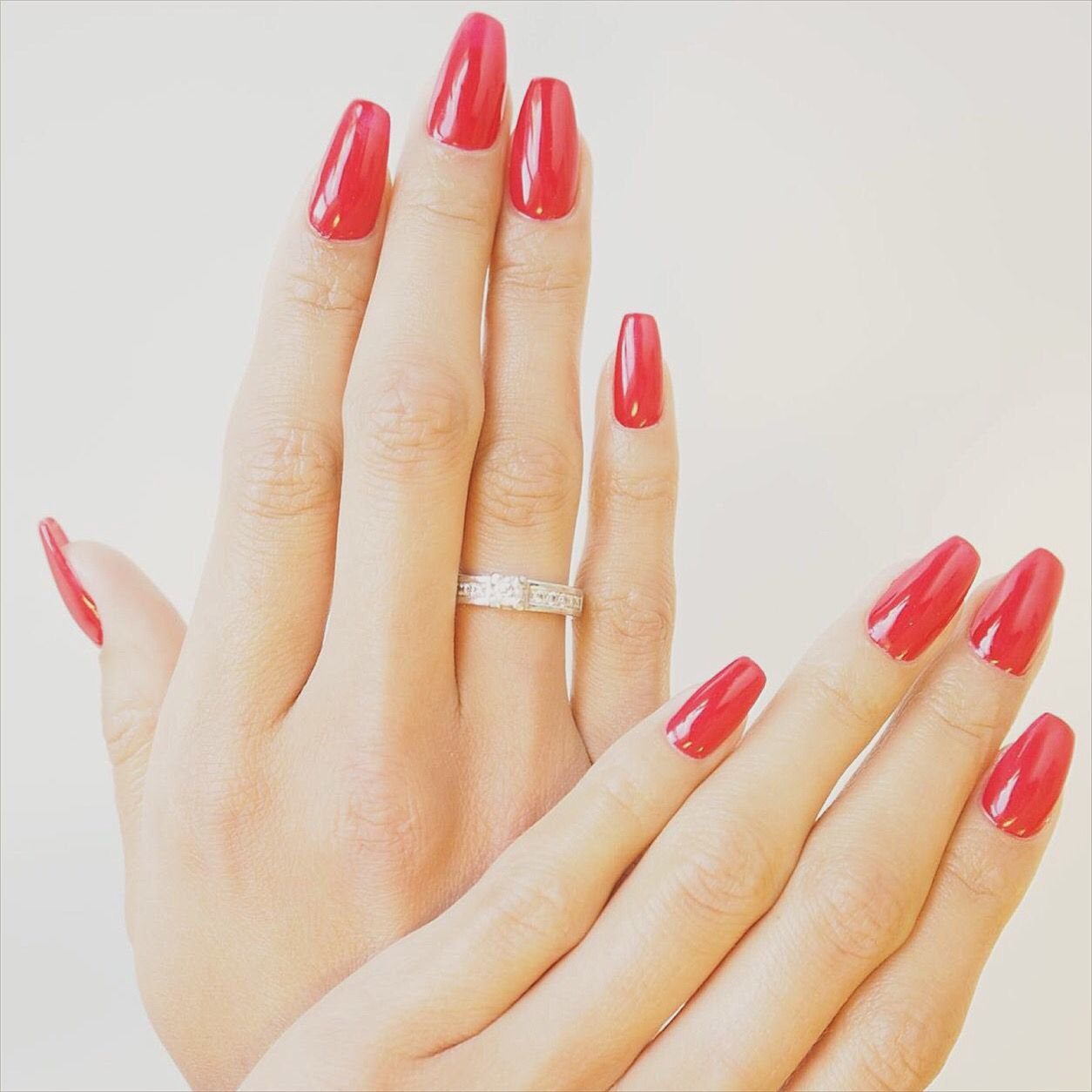 Classic red nails with Marilyn shape #marilynshape #rednails | Ronja ...