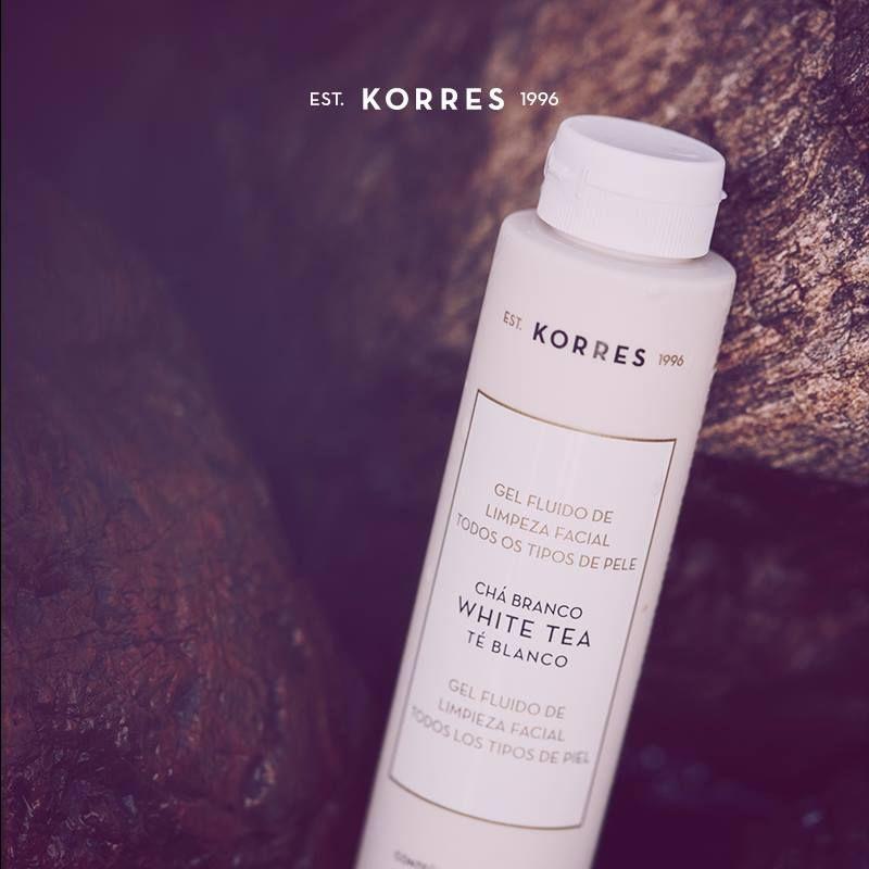 Você já sabe, o primeiro passo para um tratamento facial eficaz é a limpeza da pele. Para remover as impurezas, experimente o White Tea da Korres, gel fluido com poder antioxidante, que limpa profundamente, deixando uma sensação refrescante. Por apenas: R$39,00. Aproveite o frete grátis nas compras a partir de R$99,00. Visite nossa loja online www.korres.com ou acesse goo.gl/tktCuu. #ChegouKorres #ABelezaNasceuNaGrécia
