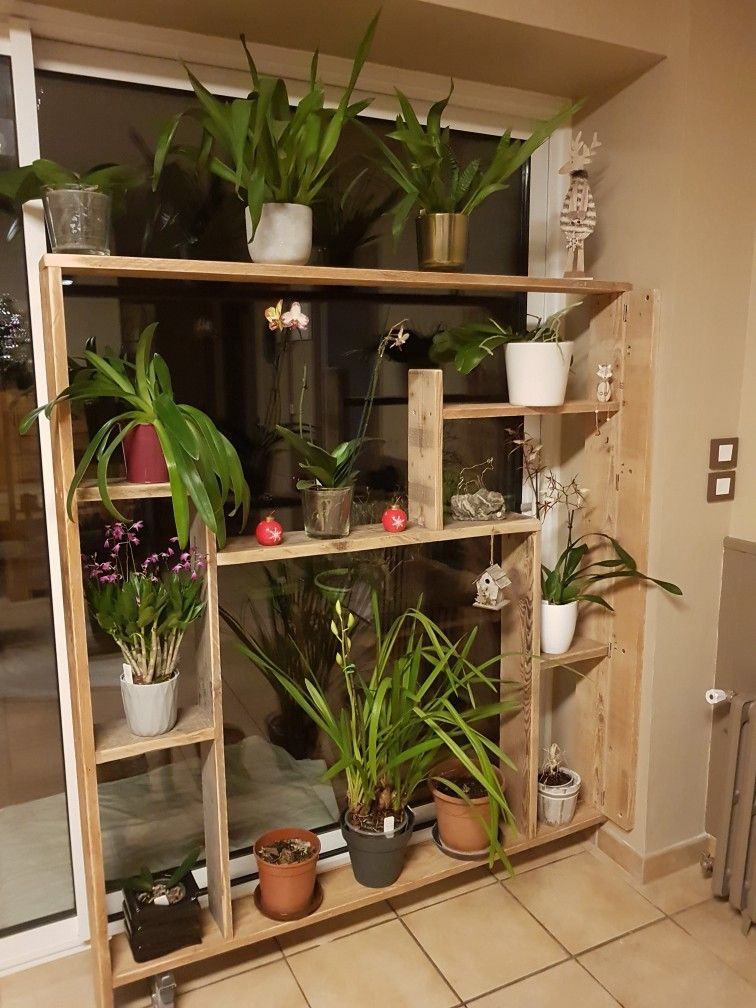 creation d 39 une tag re pour mes orchid es devant ma baie vitr e avec du bois de palette et de. Black Bedroom Furniture Sets. Home Design Ideas