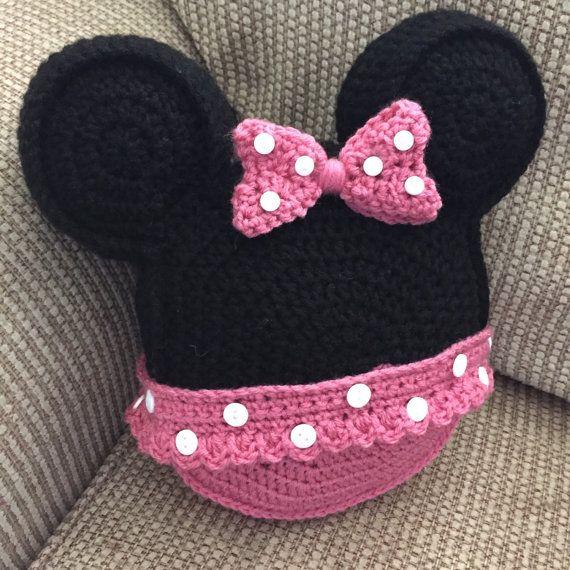 Hecho a la medida de la almohada de ganchillo Minnie Mouse inspirado ...