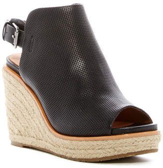 Gentle Souls by Kenneth Cole Jacey Wedge Sandal TtAUlBqkI