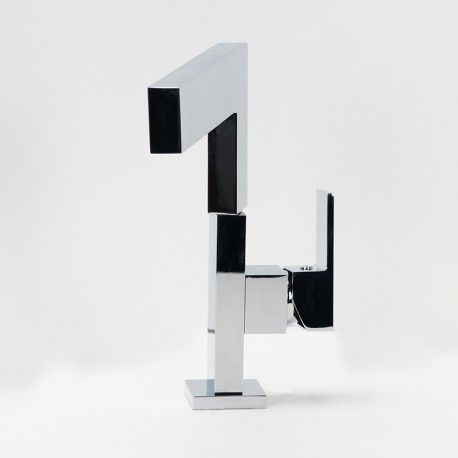 Robinet mitigeur lavabo cuisine design chromé noir blanc graphic
