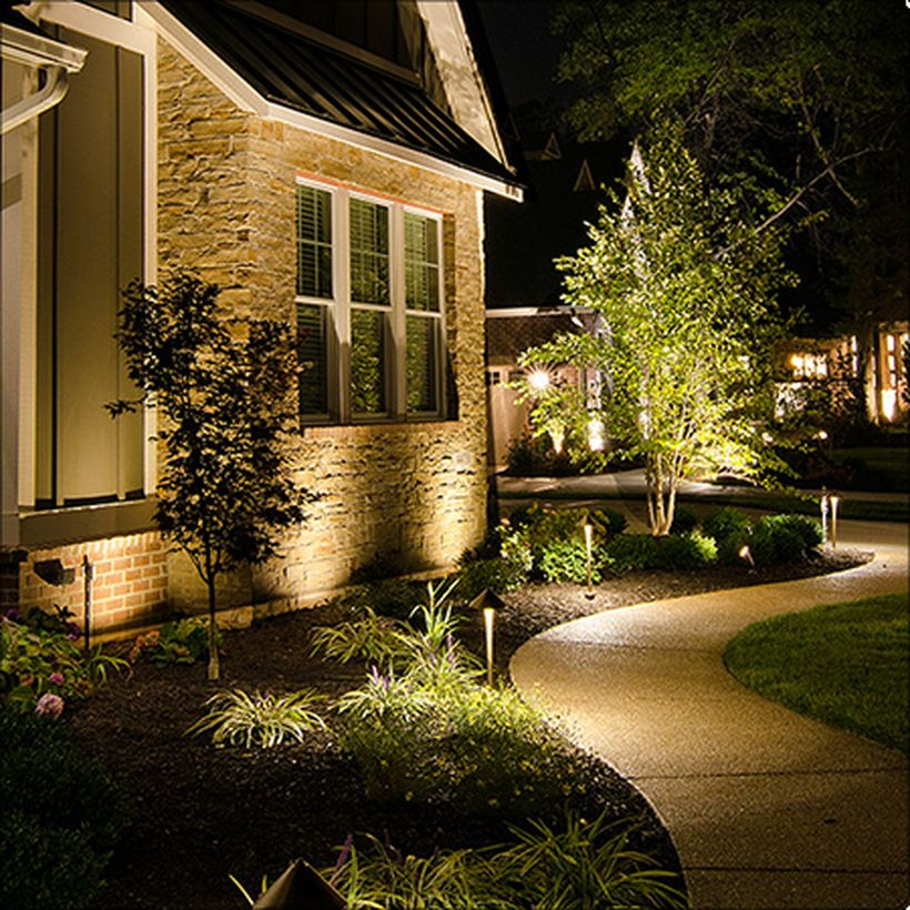 60 Adorable Front Yard Lighting Ideas For Your Summer Night Vibe Matchness Com Front Yard Lighting Outdoor Lighting Landscape Outdoor Landscape Lighting