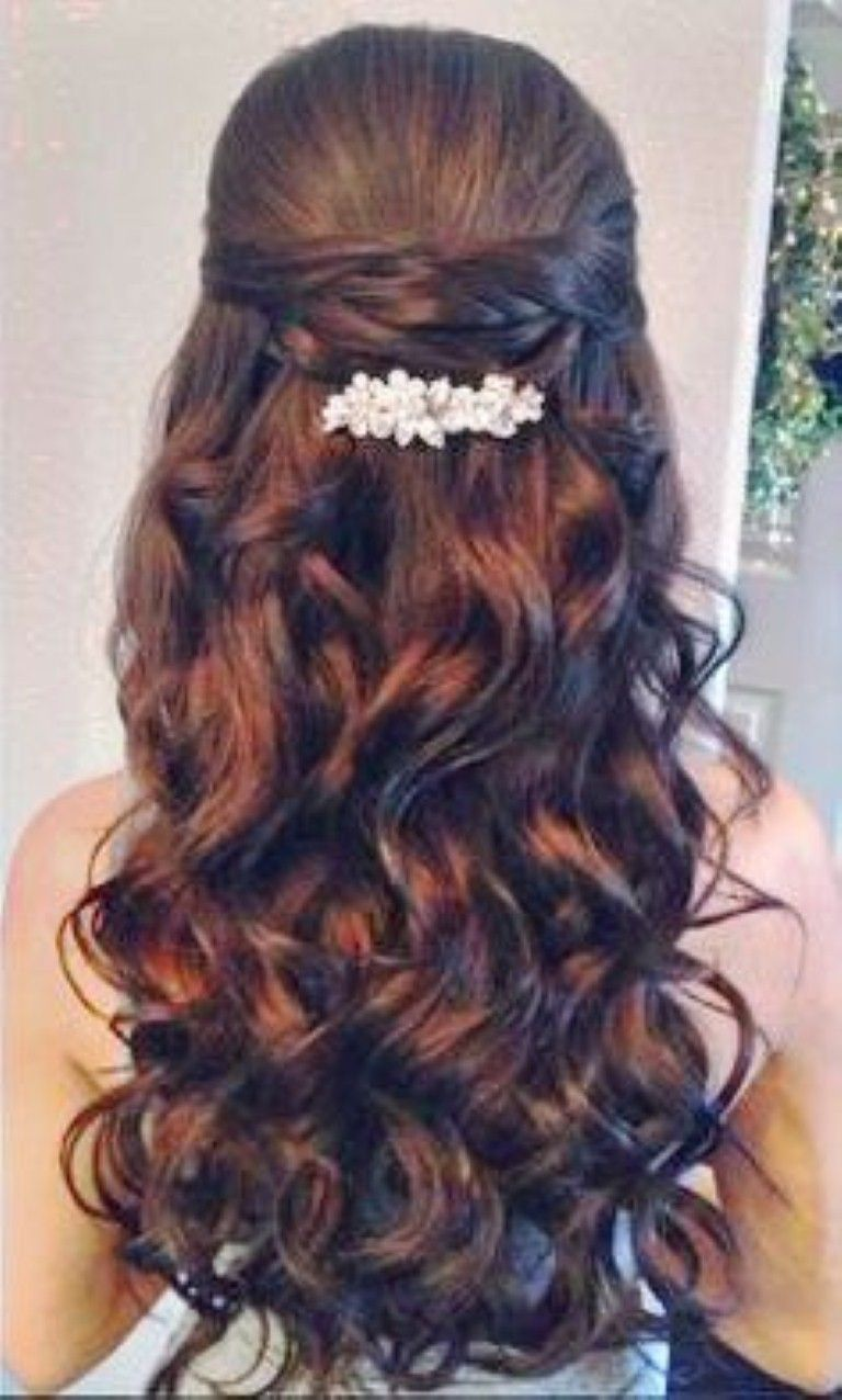 Quinceanera Hairstyles With Curls And Tiara Hair Down