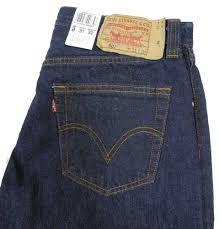 Der Levis Jeans Online-Shop bietet Ihnen zeitlose Classics, wunderschöne Favourites & unverzichtbare Basics. Zeigen Sie Persönlichkeit mit Mode von Levis Jeans ! Entdecke aktuelle Trends und All Time Favorites bei OUTLETCITY Metzingen. http://www.outletcity.com/de/metzingen/marken-outlet-levis/