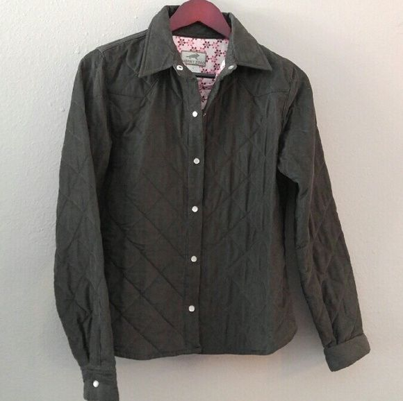 """Horny Toad Corduroy Quilted Jacket Spring weight or casual wear """"Jackson Hole"""" jacket, excellent condition. Pearl-style snaps. Pretty lining. Women's medium, solid brown (olive or gray hue in some lighting). Horny Toad Jackets & Coats"""