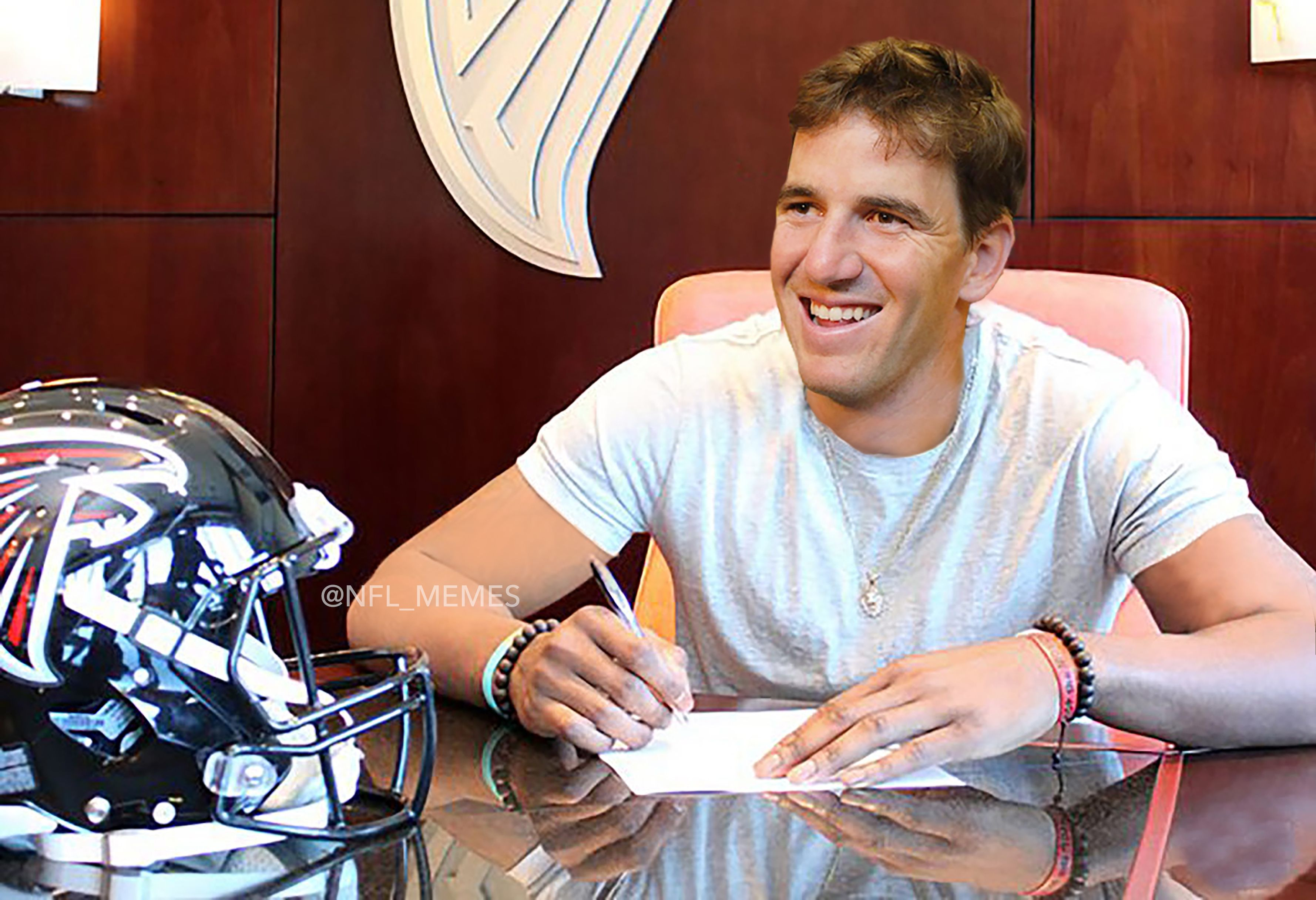 Breaking Falcons Trade Matt Ryan For Eli Manning After Brady Clinches Super Bowl Berth Eli Manning Matt Ryan Manning
